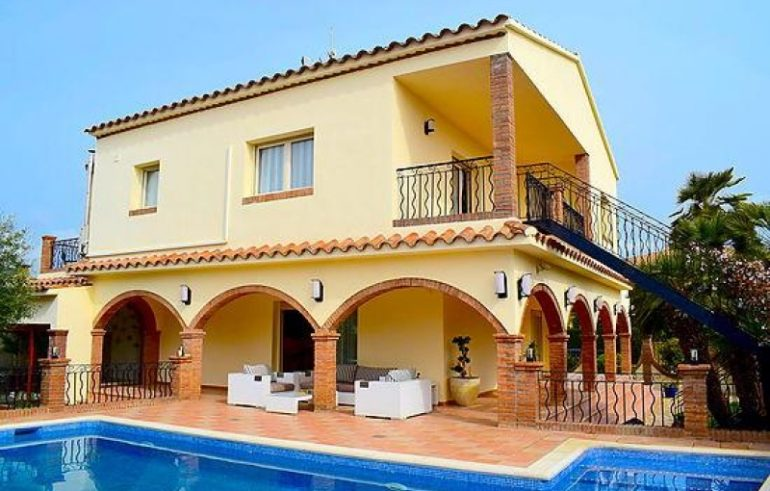 Maison 5 bedrooms EMPURIABRAVA